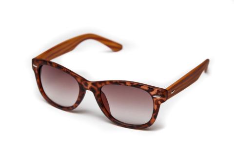Солнцезащитные очки wayfarer леопардовые с дужками под дерево