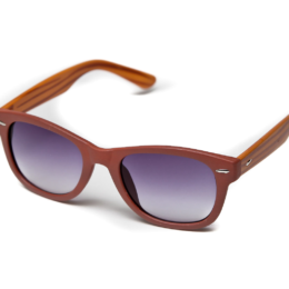 Солнцезащитные очки wayfarer коричневые с дужками под дерево